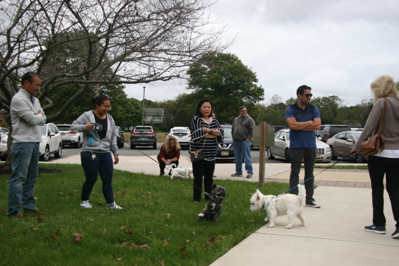 2_15-Blessing-of-the-Pets-St.-Lukes-R.C.C-10-06-2019-005