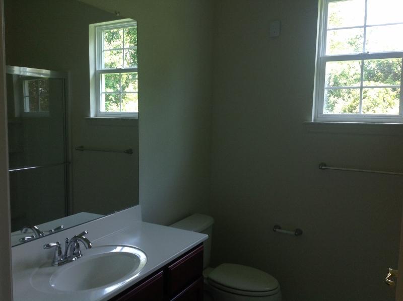 Priest Bathroom (800x598)